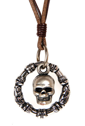 Skull Circle Rope Necklace 1