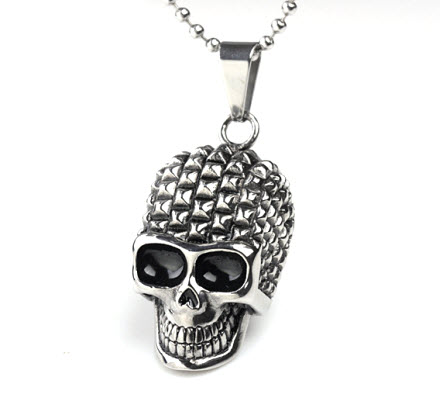spike head skull pendant necklace