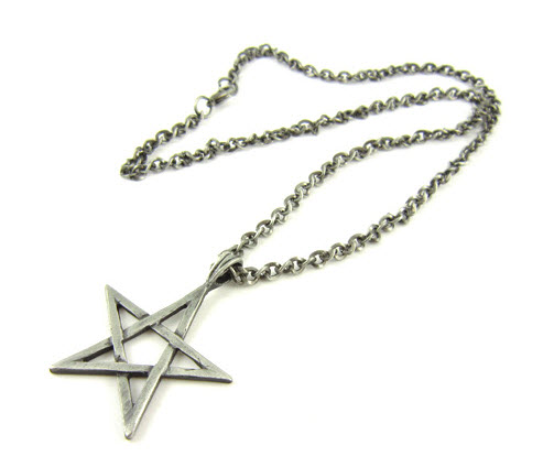 star pendant alloy necklace 2